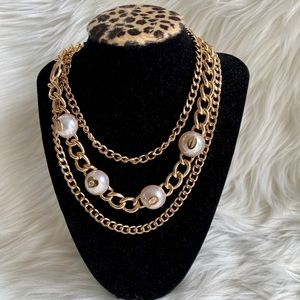 NWT Stunning Bebe Gold Pearl Chain Layer Necklace
